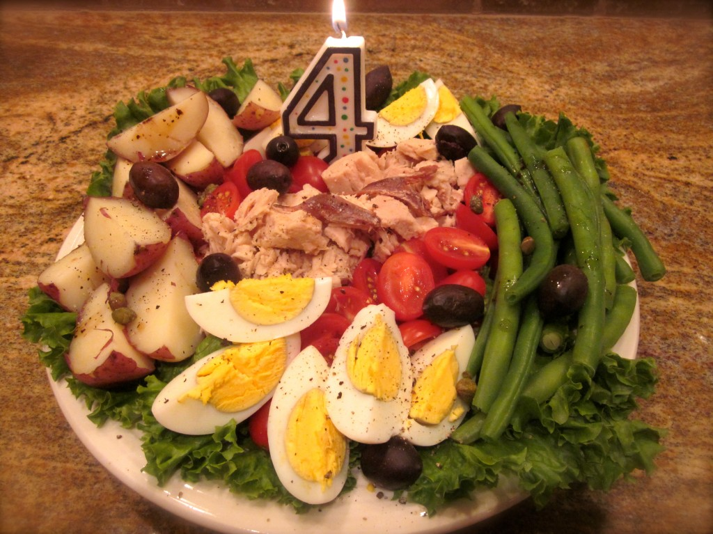 Salade Nicoise. Although I would prefer Haricot Verts, I bought my green beans at the local farmers market.