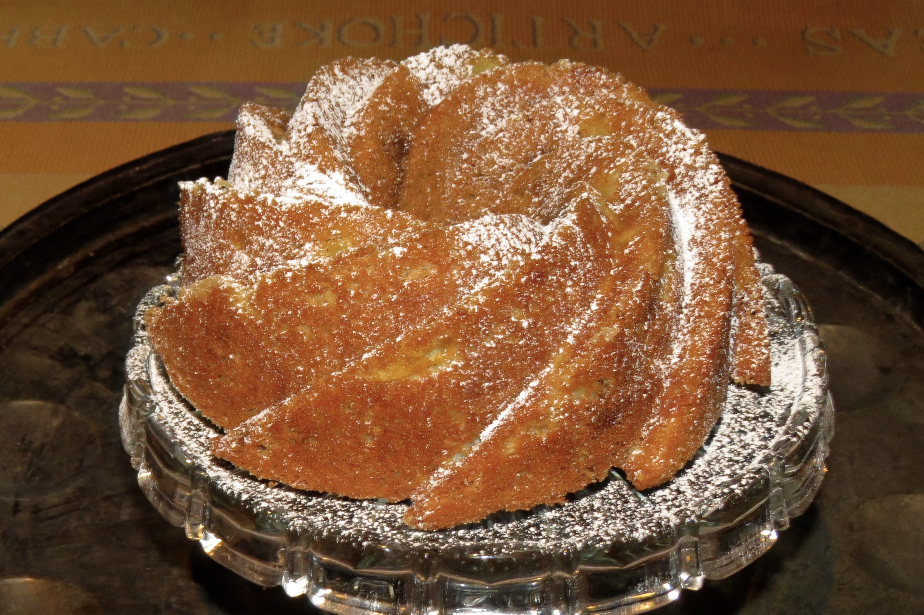 APPLE GINGER BUNDT CAKE